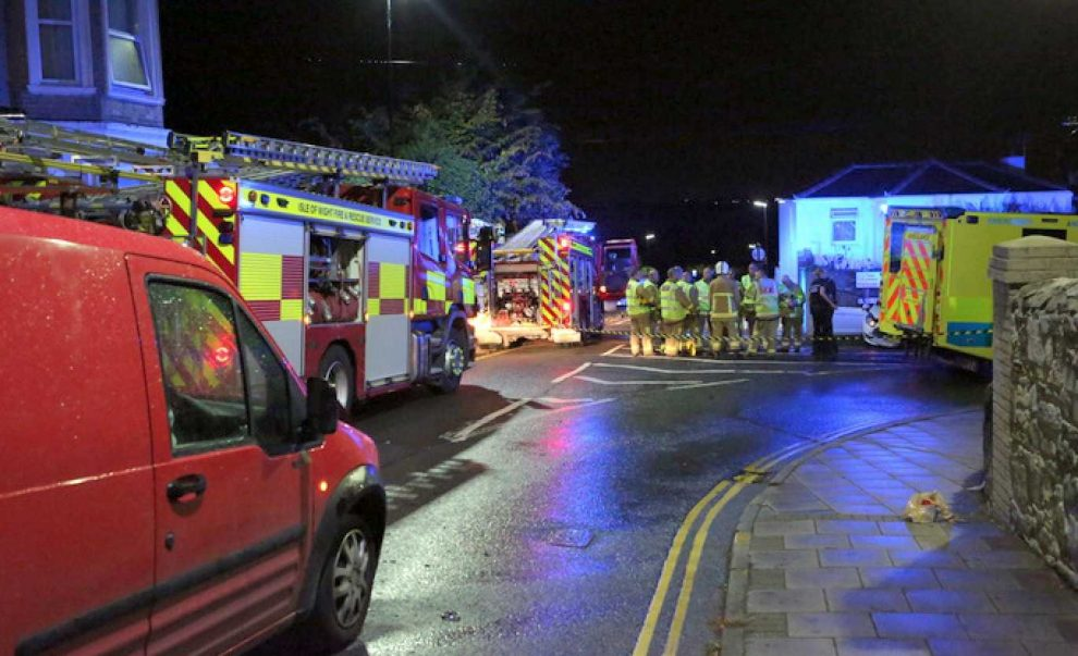 breaking news emergency services called to ryde after car ploughs into wall