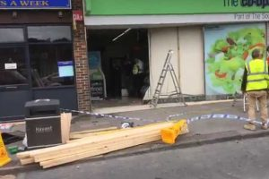 failed attempt to steal cash machine from waterlooville