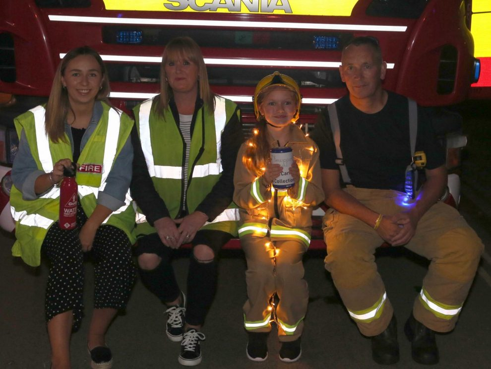 newport carnival dancing in the dark with lights 2018