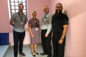 police go pink in cell trial scheme