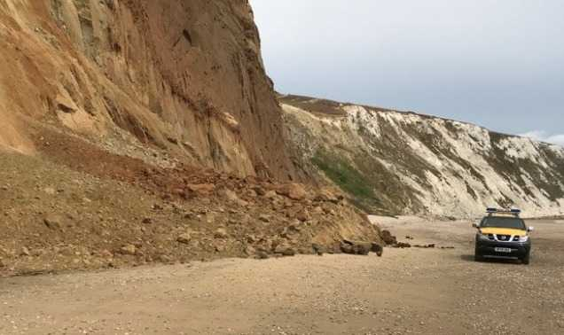 tragic reminder to play safe around cliffs after 9 year old girl killed