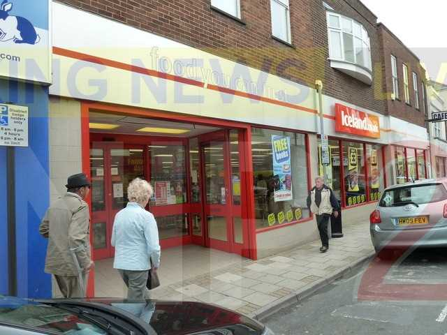 lowlife targets pensioner in cruel iceland theft in ryde