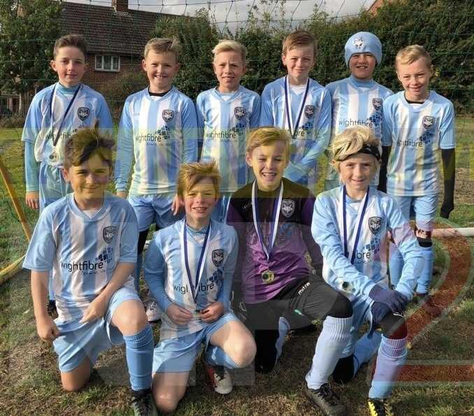 vectis blue under 10 football team are fa tournament winners