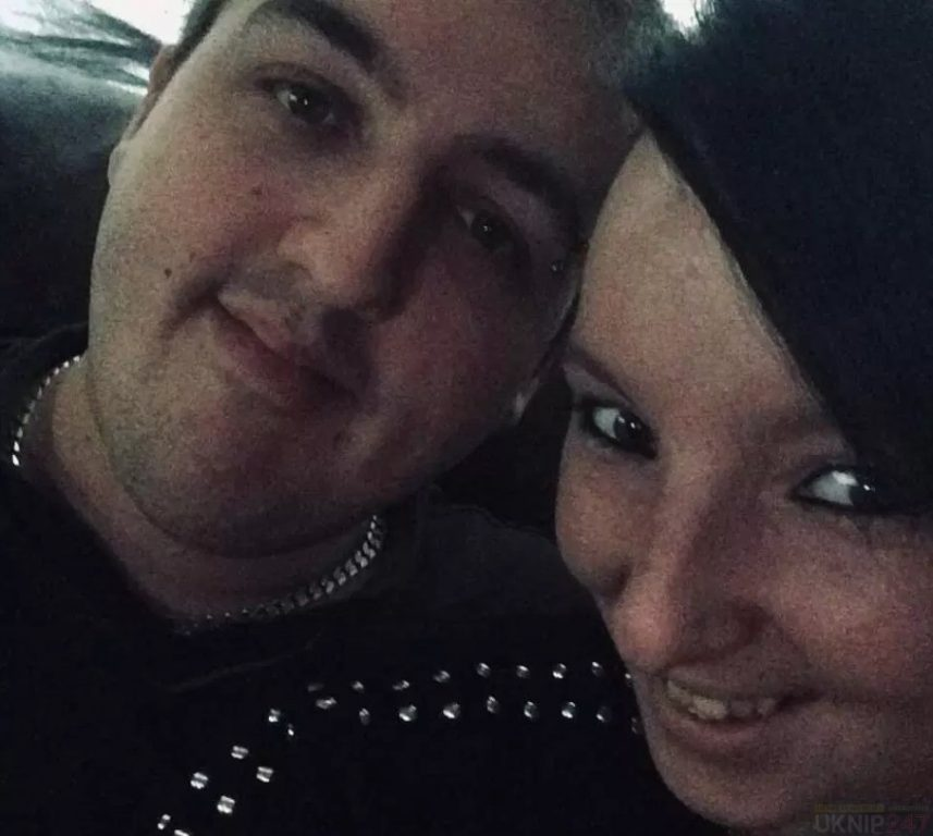 parents of staffordshire fire death kids remain in custody