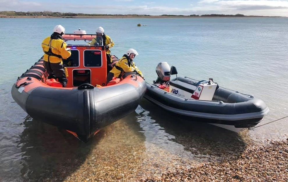 isle of wight lifeboat assist broken down inflatable near portsmouth