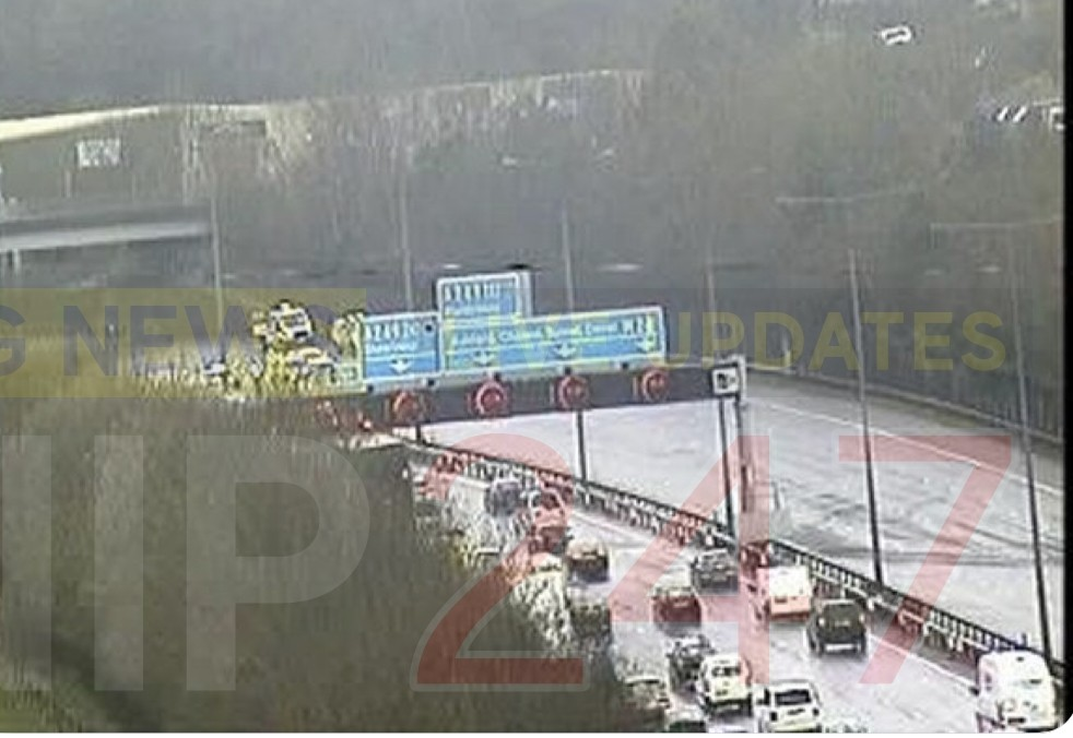 m20 closed following serious collisions
