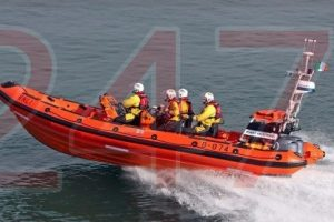 cowes lifeboat sent to investigate boat in difficulties