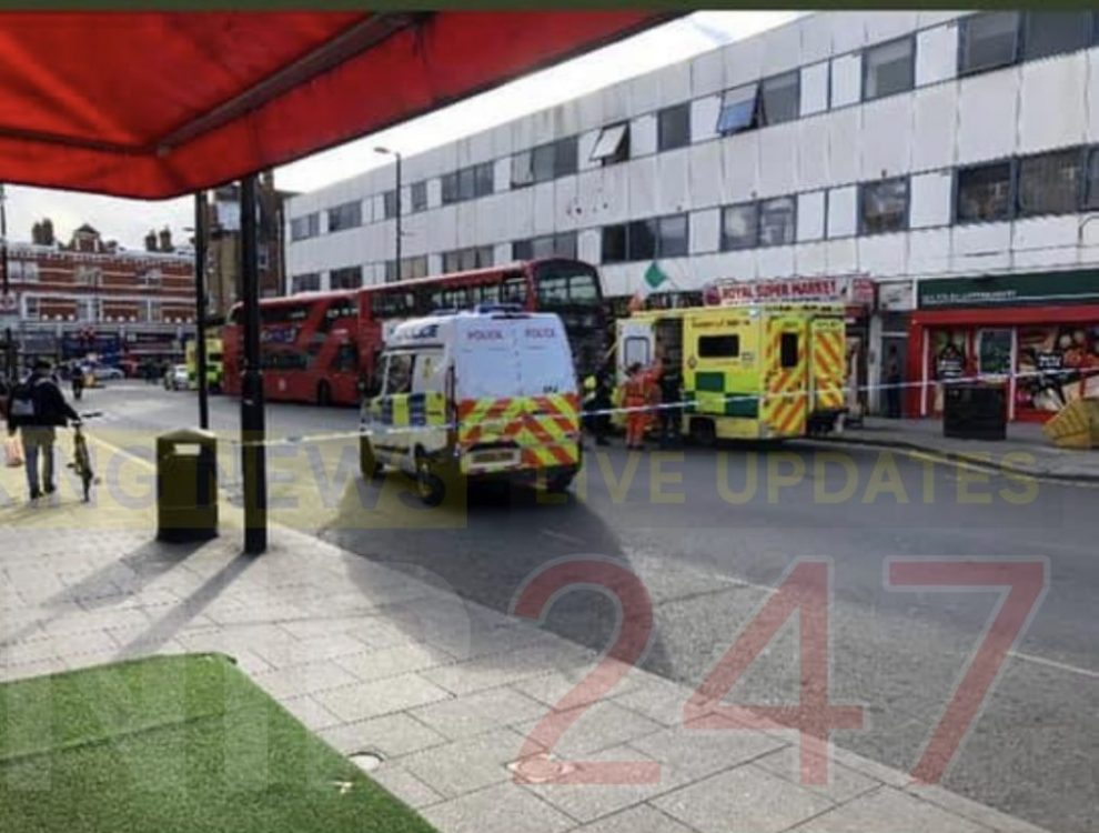 seventeen year old stabbed on a bus