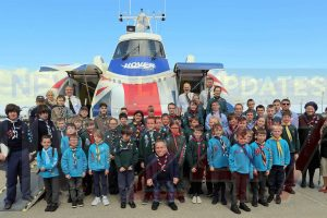 warwick davies leaves angelina jolie to meet scouts on the isle of wight