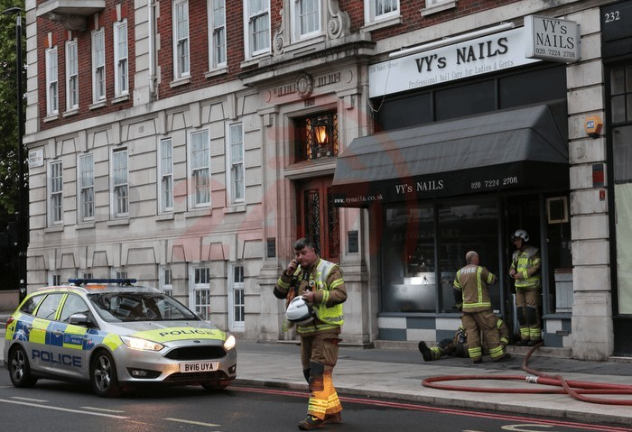 fire crews called to tackle fire on baker street in london 1