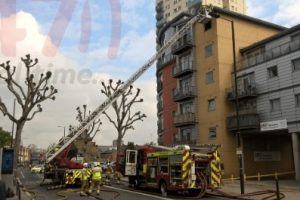 lucky escape for women and children after blaze breaks out in fulham flat