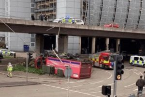 royal mail driver has lucky escape after lorry plunges from reading idr