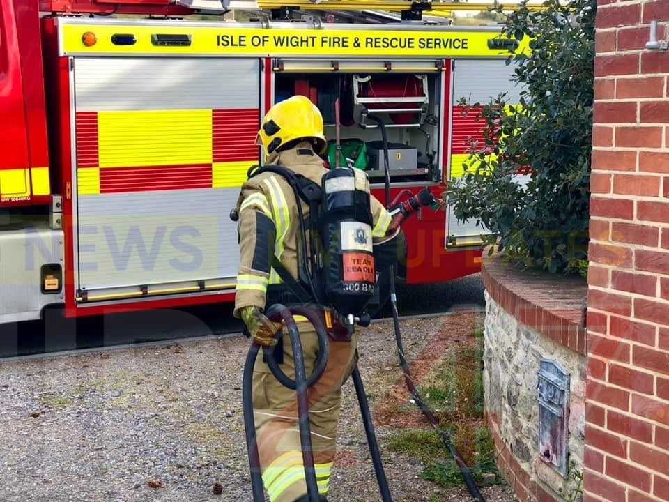 Smoking Towel causes blaze in Totland, UKNIP