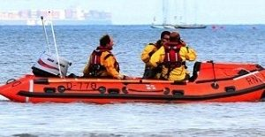 bembridge rnlis inshore lifeboat launched to investigate a dsc distress alert from a yacht off bembridge