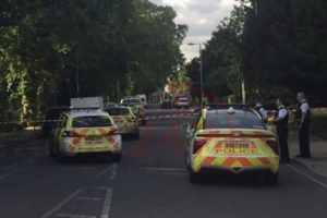 man and police officer attacked in surbiton
