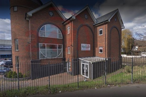 Man Arrested After Hammer Attack At Southall Mosque