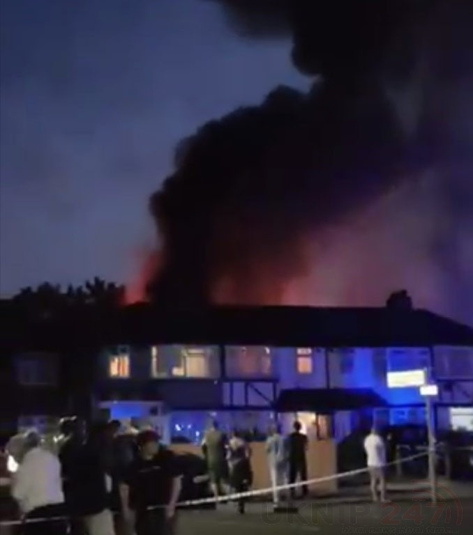 Ten Fire Crews Tackle Large Blaze In Hayes