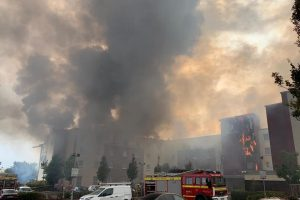 fire crews battle large blaze at cribbs causesway