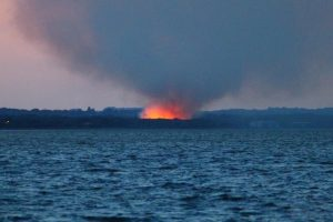 fire crews tackle major blaze in alver valley in gosport