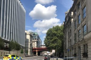 holborn viaduct closed after concerns for man