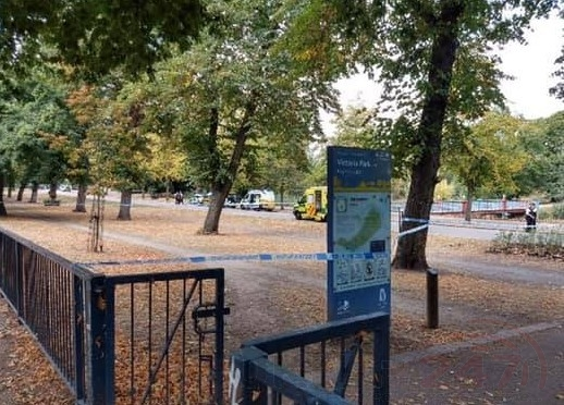 man death in tower hamlets park being treated as unexplained