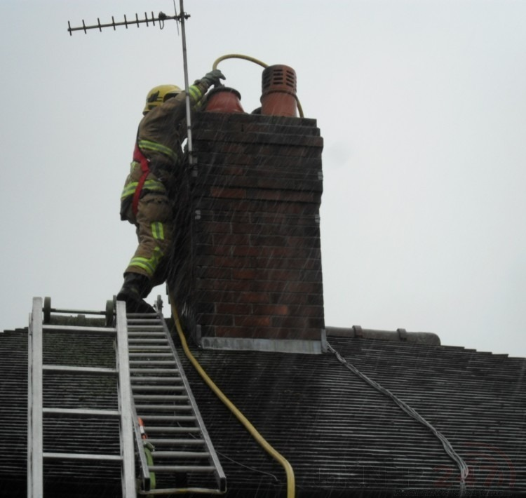 Fire Crew Tackle Chimney Fire In Margate
