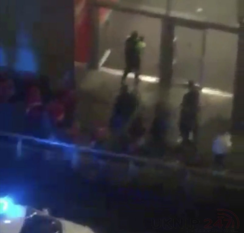 Gmp Called To Incident At Manchester Arndale Centre