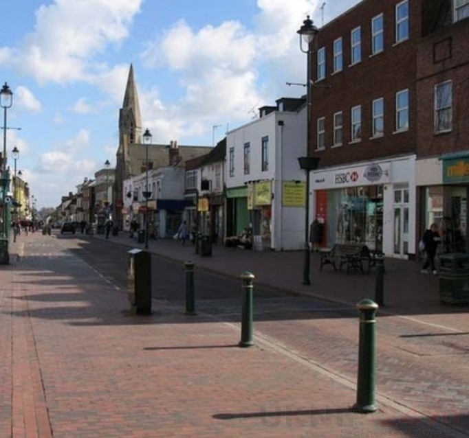 victim was kicked in the face and hit in the head in sittingbourne high street attack