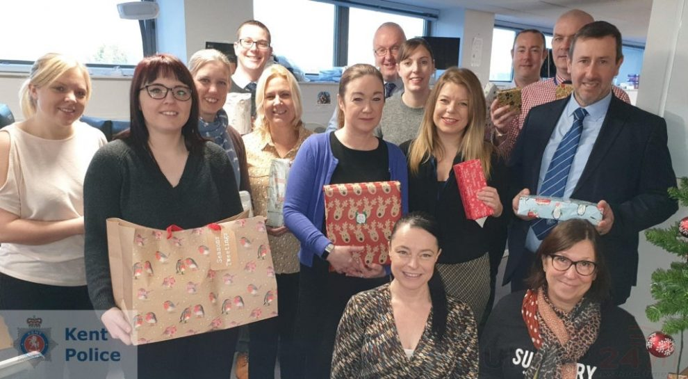 Police Protection Team Play Secret Santa Gto Vulnerable Children