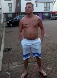 Do The Right Thing Hand Yourself In Jamie Simpson Who Is Wanted On The Isle Of Wight