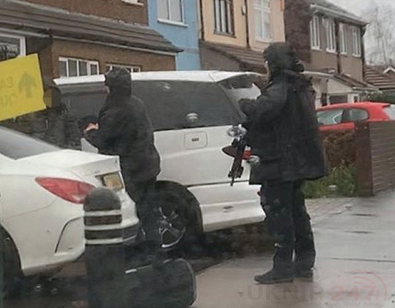Armed Police And Helicopter  Called To Bexleyheath