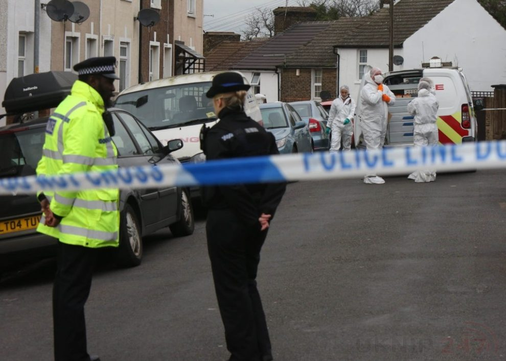 Police Manhunt Continues In   Murder Investigation After Man Is Violently  Attacked In His Home In Northfleet