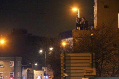 Man Hold Police To Ransom On Chatham Roof Top