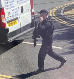 Armed Police called to Police incident in Hardwick Way Hove