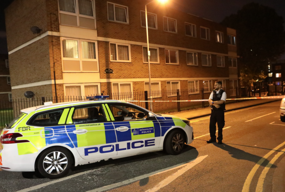 Armed Police called to shooting on Barking, UKNIP