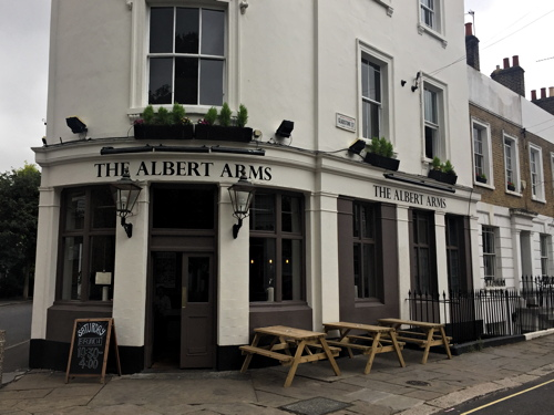Fire crews called to blaze at Albert Arms in South East London, UKNIP