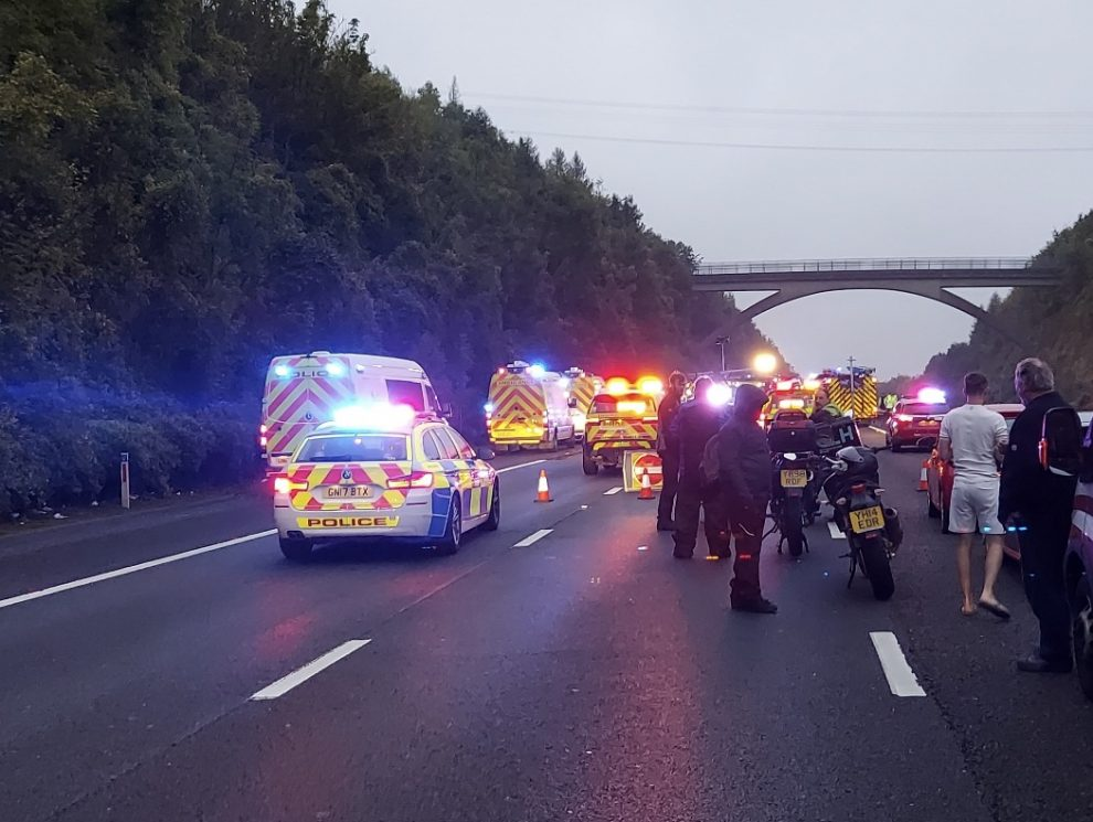 M25 In Kent remains closed following Serious collision involving a crane, UKNIP