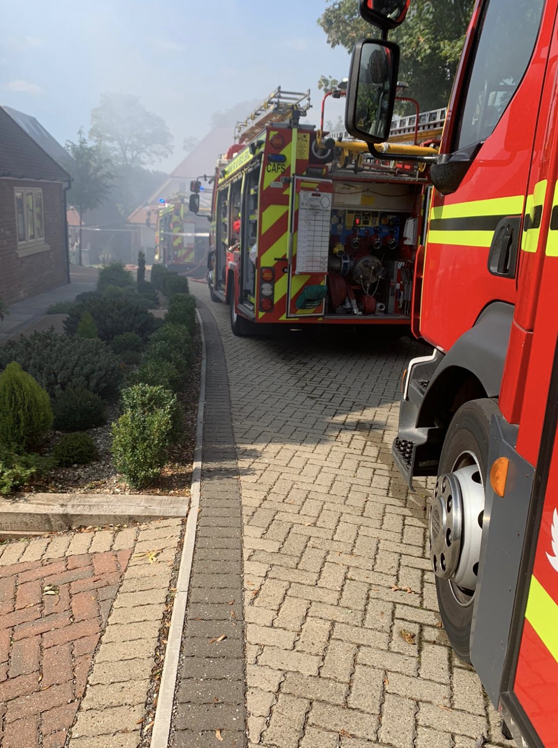 Fire Service control operators received a number of calls and crews from Winchester, Eastleigh, Sutton Scotney, Andover, Whitchurch, Fareham and Ringwood were sent to the blaze, UKNIP