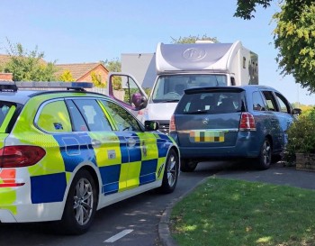 A man who led officers on a high-speed pursuit through Calne that ended in a collisioN escapes prison sentence, UKNIP