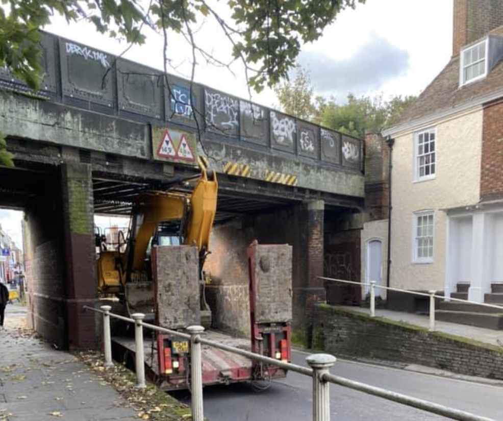 No trains are running after a low loader hits bridge in Canterbury, UKNIP